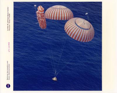 parachute module moon landing -#main