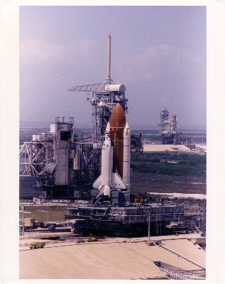 KSC-90PC-635. 22 April 1990. Columbia, Orbiter Vehicle (OV) 102,